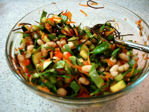 'all the way arame' salad w/ navy beans